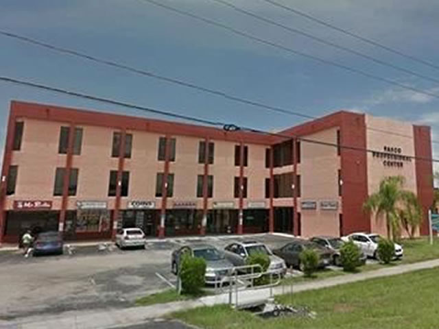 32,000 sq/ft School Building / Office Building -with 64 units/offices For Sale in New Port Richey, FL $1,625,000